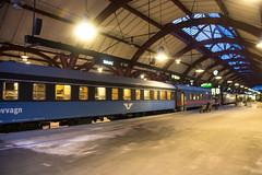 Railway at blue hour (Infomastern) Tags: train railway bluehour malm tg jrnvg bltimmen bluhour