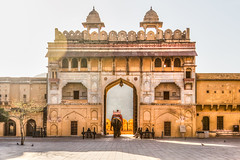 Going Out (Gigin - NoDigital) Tags: door india elephant nature animals buildings temple asia parts places geography jaipur locations amberfort