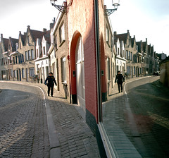 Brugge (NinoLo) Tags: travel shadow reflex cityscape place belgium brugge ombre bruges riflessi belgio