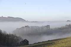 Misty Morning, Hassop (Johnnic1) Tags: morning mist spring nikon earlymorning april inversion hotairballoons baslow hassop peakpark johnnic1