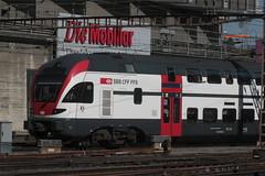 SBB Doppelstockzug RABe 511 023 - 9 KISS mit Taufname Kanton Graubnden ( DOSTO 6 - teilig => Hersteller Stadler Rail => Inbetriebname 2013 ) in der Fernverkehr - Fargebung grau am Bahnhof Bern im Kanton Bern der Schweiz (chrchr_75) Tags: chriguhurnibluemailch christoph hurni schweiz suisse switzerland svizzera suissa swiss chrchr chrchr75 chrigu chriguhurni mrz 2015 bahn eisenbahn schweizer bahnen train treno zug albumzzz201503mrz albumbahnenderschweiz albumbahnenderschweiz201516 albumsbbrabe511doppelstockzug dosto doppelstockzug zrcher sbahn sbb cff ffs stadler rail albumstadlerrail juna zoug trainen tog tren  lokomotive  locomotora lok lokomotiv locomotief locomotiva locomotive railway rautatie chemin de fer ferrovia  spoorweg  centralstation ferroviaria