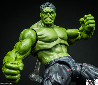 001-Marvel-Legends-Hulk-Age-Of-Ultron-Thanos-Wave