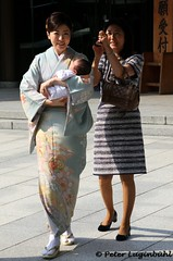 Mother and Child (lugi_ch) Tags: travel people japan tokyo shibuya meijishrine