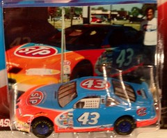 #51-9, John Andretti, #43, STP, Pictures With Real Hot Wheels Cars & Their Diecast (Picture Proof Autographs) Tags: photograph photographs inperson pictureproof photoproof picture photo proof image images collector collectors collection collections collectible collectibles classic authentic authenticated real genuine diecast auto autos vehicles vehicle model toy toys automobile automobiles autoracing sport sports nascar series winstoncup sprintcup busch nationwide hotwheels fred frederick weichmann