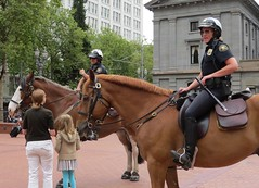 Good cops everywhere - let them know. (JM1Kendall) Tags: horse portland cops police mounted pdx mountedpolice
