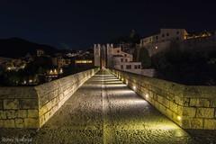 Puente de Besal (Remei Montagut) Tags: night puente noche catalonia pont catalunya longexposures besal largaexposicin