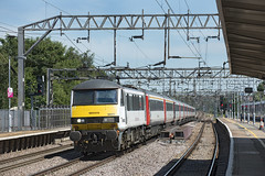 90002 (Geoff Griffiths Doncaster) Tags: 90002 abel greater anglia class 90 1p39 colchester