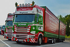2 Scania Spedition Wehle (Samuele Trevisanello) Tags: scania r620 v8 scaniapower scaniav8 v8power goinstyle hollandstyle truckholland scaniaholland hollans holland styler style truck trucks europe italia truckspotter fotobyst truckspotting como comodocks docks veicolo allaperto camion deutsch spedition wehle big foot r480 r490