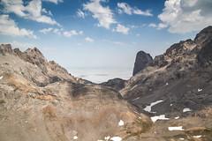Naranjo (JuanCarViLo) Tags: picos europa spain mountain valley clouds hike sunray cantabria naranjo sea national park