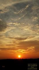 Mr Golden Sun (tomquah) Tags: sunset sun samsung gs4 landscape asia singapore goldensky tomquah planetearth