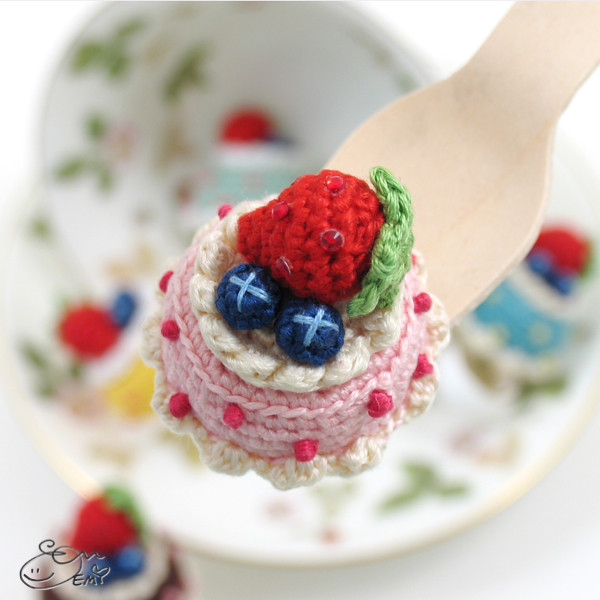 The Worlds Best Photos of amigurumi and strawberry ...