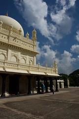 IndiaSouth_2013-11-26_06.45.13 (Gejepewe) Tags: tomb palace karnataka bagh southindia tipu srirangapattana gumbaz dariadaulat kingtiipu