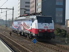 ERS 189 213 door station Hengelo (Allard Bezoen) Tags: br nederland polen loc nl 213 189 hengelo ers vlaggen eloc baureihe vlaggenloc