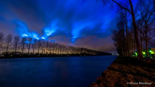 Amazing Canal Blue Nightshot.