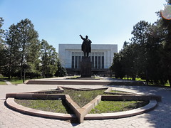 Lenin Statue - Bishkek, Kyrgyzstan (mikestuartwood) Tags: lenin monument statue asia communist communism ssr kyrgyzstan ussr bishkek