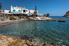 Mochlos (Lucille-bs) Tags: europe grce greece crte creta kriti mochlos port mer bleu architecture barque plage
