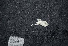 Fingers crossed. (bfh) Tags: cuninghamst lookingdown sydney nsw flickr glove