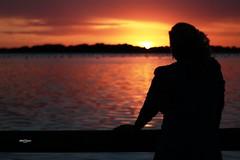 Let the sunshine in (Sara Fabbropugnace) Tags: tramonto sunshine sunset lago lake ombra shadow fusaro bacoli outline profilo people woman donna