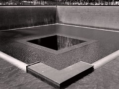 National September 11 Memorial & Museum (Matthias Harbers) Tags: newyork usa manhattan city urban life travel canon powershot g3x 1inch superzoom dxo photoshop elements topaz labs building architecture bw blackandwhite monochrome depthoffield