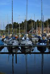 Spiegel (FrauN.ausD.) Tags: see lake ammerland niedersachsen deutschland germany segel sail segelboot spiegelung water