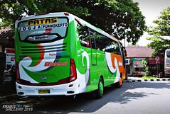 Bis Efisiensi JETBUS SETRA 3 | Jurusan Jogja - Purwokerto (KharisGun) Tags: bmc bismania efisiensi busindonesia jetbushd jetbushd2 xiaomiredmi jetbussetra3hd kggallery2015