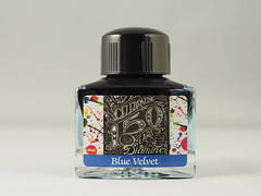 Diamine 150th Anniversary Blue Velvet - Close Up