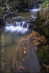 Filigrana (eredita) Tags: rio hojas araba cascada fondodeescritorio bayas filigrana eredita fernnan