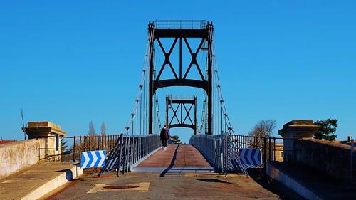 Pont suspendu Tonnay Charente