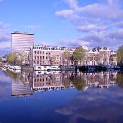 Mélange des styles ****-+°°°° (Titole) Tags: amsterdam reflection amstel squareformat titole nicolefaton clouds buildings water cityscape friendlychallenges thumbsup caughtintheact ultrahero thechallengefactory perpetualchallenge gamewinner bestof15 challengeyouwinner storybookwinner