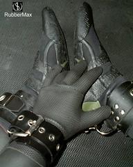 807 05 (rubbermax) Tags: rubber wetsuit neoprene