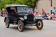 Skokie Illinois 4th of July Parade 2016 3521 (www.cemillerphotography.com) Tags: holiday kids illinois families celebration route politicians celebrities independence 4thofjuly clowns classiccars floats acts