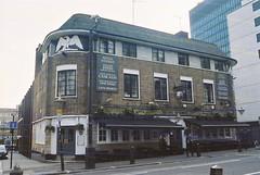 Royal George (Rasp) (goodfella2459) Tags: colour london film analog 35mm george pub nikon royal f65 200 milf specialty c41 rasp revolog