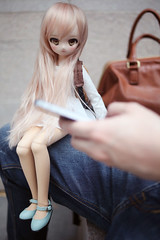 ...that's not the way to play this game. :< (lightlybattered) Tags: mdd custom modded repaint mini dollfie dream volks ddh01 shiro no game life