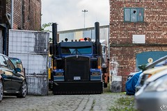 Skull Truck (frisiabonn) Tags: bigrig truck skull american england uk great britain birkenhead lorry vehicle garage new york usa us america big rig