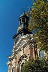Der Michel (jan.boettcher) Tags: kirche church hamburg michel kirchturm churchtower