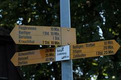 Wegweiser Bolligen Lindenburg ( BE - 600m - Standorttafel Berner Wanderwege ) bei Bolligen im Worblental im Kanton Bern der Schweiz (chrchr_75) Tags: albumzzz201609september christoph hurni chriguhurni chrchr75 chriguhurnibluemailch september 2016 kanton bern kantonbern standorttafel standort tafel markierung wegweiser berner wanderwege wanderweg site map plan du mappa del sito sidkarta sivustokartta wanderwegweiser bernerwanderwege wanderwegmarkierung trail hiking hikingtrail albumstandorttafelsammlung