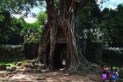 111027 Gate to the Past (BavarIndia) Tags: asia tika