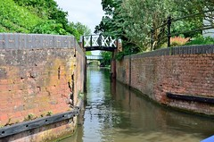 2016 05 29 101 Link between Stratford and Grand Union canals (Mark Baker.) Tags: 2016 baker eu europe mark may avon bridge britain british canal day england english european gb grand great junction kingdom kingswood link outdoor photo photograph picsmark rural split spring stratford uk union united upon warwickshire