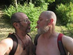 IMG_0976 (griffpops_deptford) Tags: cobham shirtlessmen menwithbeards kentchurches