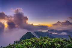 DSC08107 (a99775599) Tags: taiwan nantou sunset moutain cloud      sony a6000 e16 sel16f28