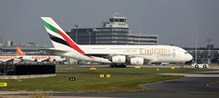 A6-EES EMIRATES AIRBUS A380-861 (Roger Lockwood) Tags: man emirates manchesterairport airbusa380 egcc a6ees
