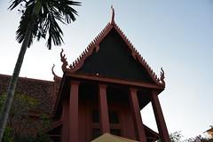 國家博物館~National Museum (mawingchung,,,) Tags: park sky macro tree tower nikon 公園 柬埔寨 微距 廟宇 暹粒 金邊 愽物館 d800e