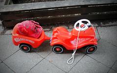 sidewalk still lifes (kiddie transporter) (Tina Kino) Tags: street color berlin car digital toy sidewalk kiddie transporter neukölln bobbycar 2015 tinakino sidewalkstilllifes