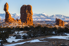 Arches NP - Balanced Rock Winter (Alfred J. Lockwood Photography) Tags: winter snow nature rock landscape utah nationalpark sandstone afternoon archesnationalpark clearsky rockformation lasalmountains alfredjlockwood