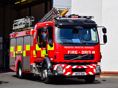 NK10DHD (firepicx) Tags: gateshead tnye tyne wear fire rescue service twfrs newcastle pumps alp aerial ladder platform pump wrlet osu operational support nk10dhd 999 emergency uk british appliance