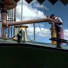 Kingswear to Paignton steam train (Flamenco Sun) Tags: devon paignton engineer water refill engine goldenage steam steamtrain