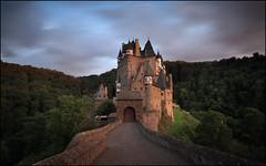 Burg Eltz (jeanny mueller) Tags: mosel burg eltz landschaft landscape sunset romantic castle mayen koblenz germany rheinlandpfalz