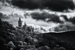 Das Schloss ber Wernigerode (Gruenewiese86) Tags: monochrome clouds silver germany deutschland mono fuji dramatic german pro schloss weiss schwarz harz frhling wernigerode sachsenanhalt xe1 dramatisch efex