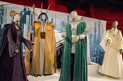 Rebel, Jedi, Princess, Queen: Star Wars and the Power of Costume (SITES Exhibitions) Tags: starwars lucasfilm starwarscostumes empmuseum masamedda smithsonianexhibitions travelingexhibitions