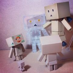 Ooooooohhhhhhhhh~ (astrosnik) Tags: square robot sierra cardboard squareformat yotsuba danbo danboard cardbo iphoneography instagramapp uploaded:by=instagram